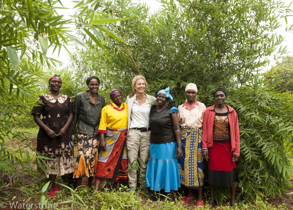 Muranga bamboo and women with Karine 2-5204